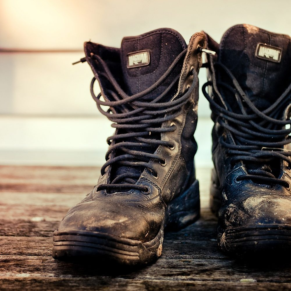 How To Lace Up Boots The Complete Guide Thegearhunt