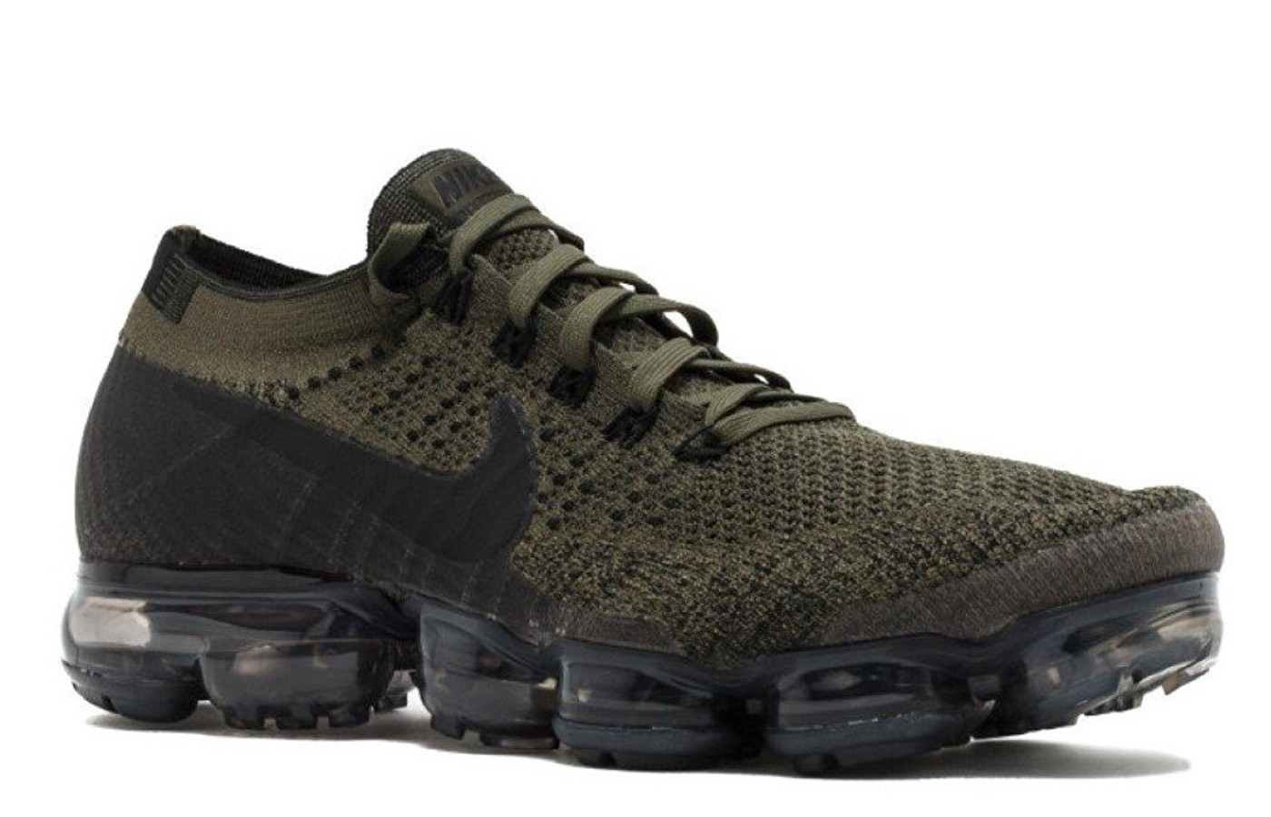 05a525bf5f Nike Air Vapormax Flyknit Reviewed for Performance in 2019 | TheGearHunt