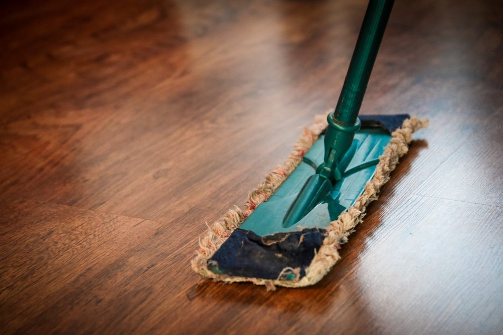 10 Best Floor Mops Reviewed and Rated in 2018 | TheGearHunt