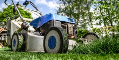 an in-depth review of the best lawn mowers of 2018.