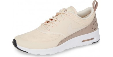 An in-depth review of the Nike Air Max Thea.
