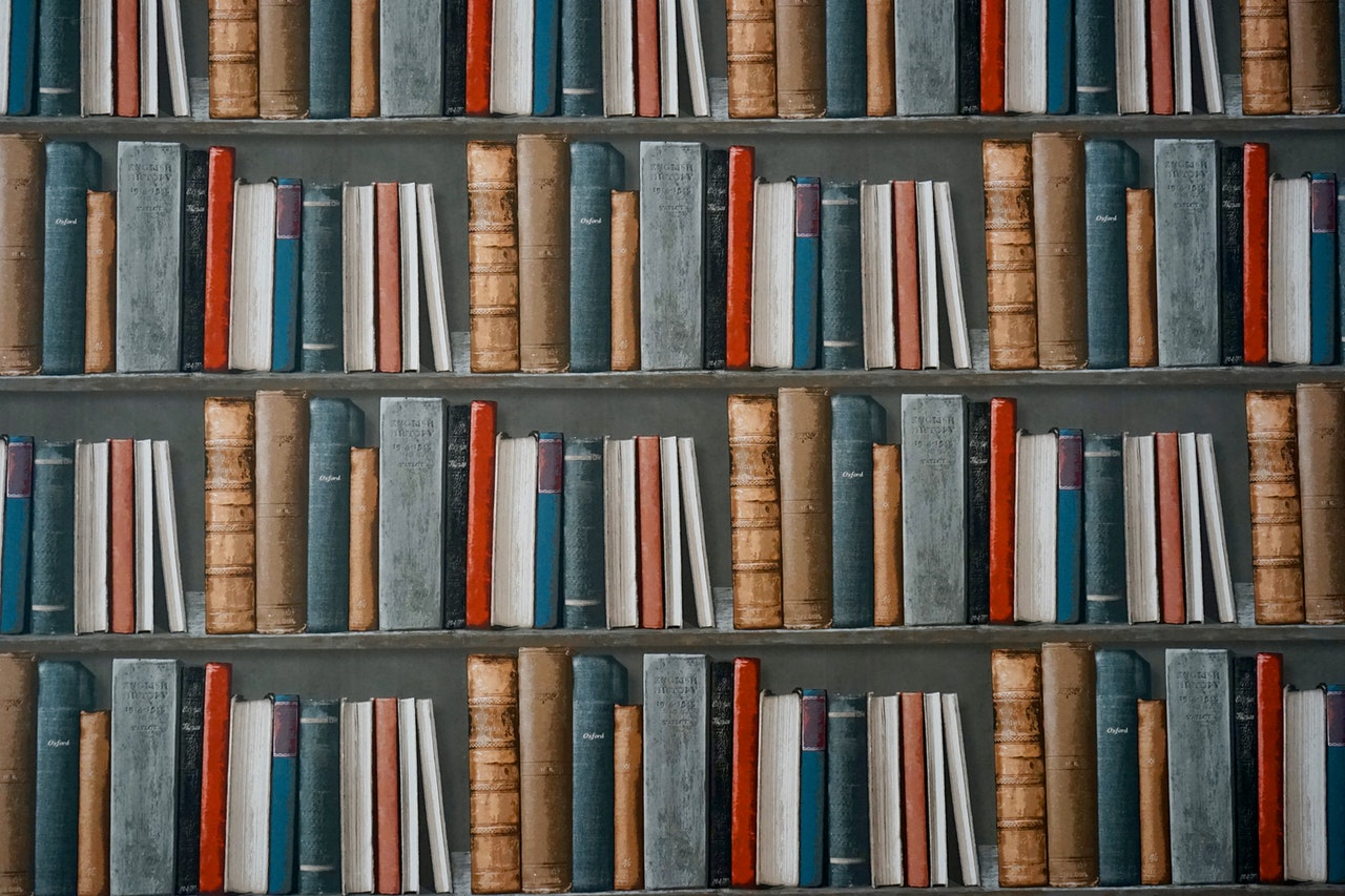 An in-depth guide to the best book shelves available in 2018.
