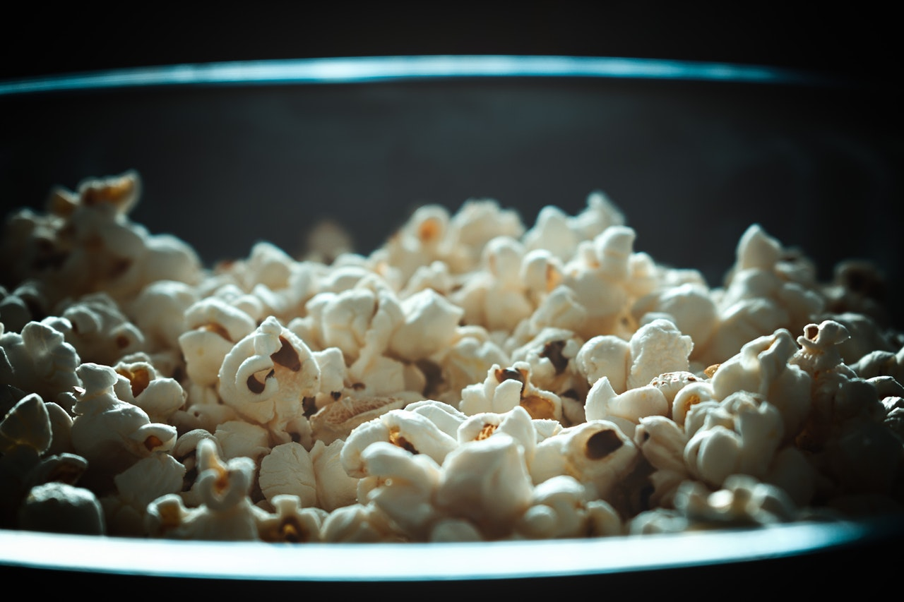 An in-depth review of the best popcorn makers available in 2018.