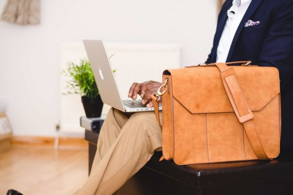 An in-depth review of the best messenger bags available in 2018.