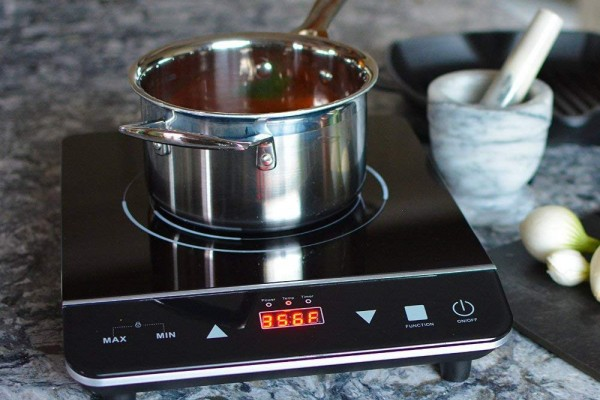 An in-depth review of the best induction cooktops in 2018