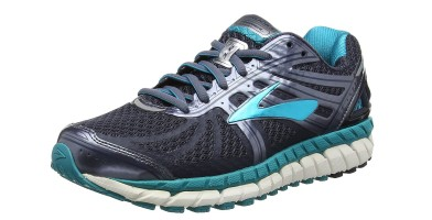 An in-depth review of the Brooks Ariel '16.