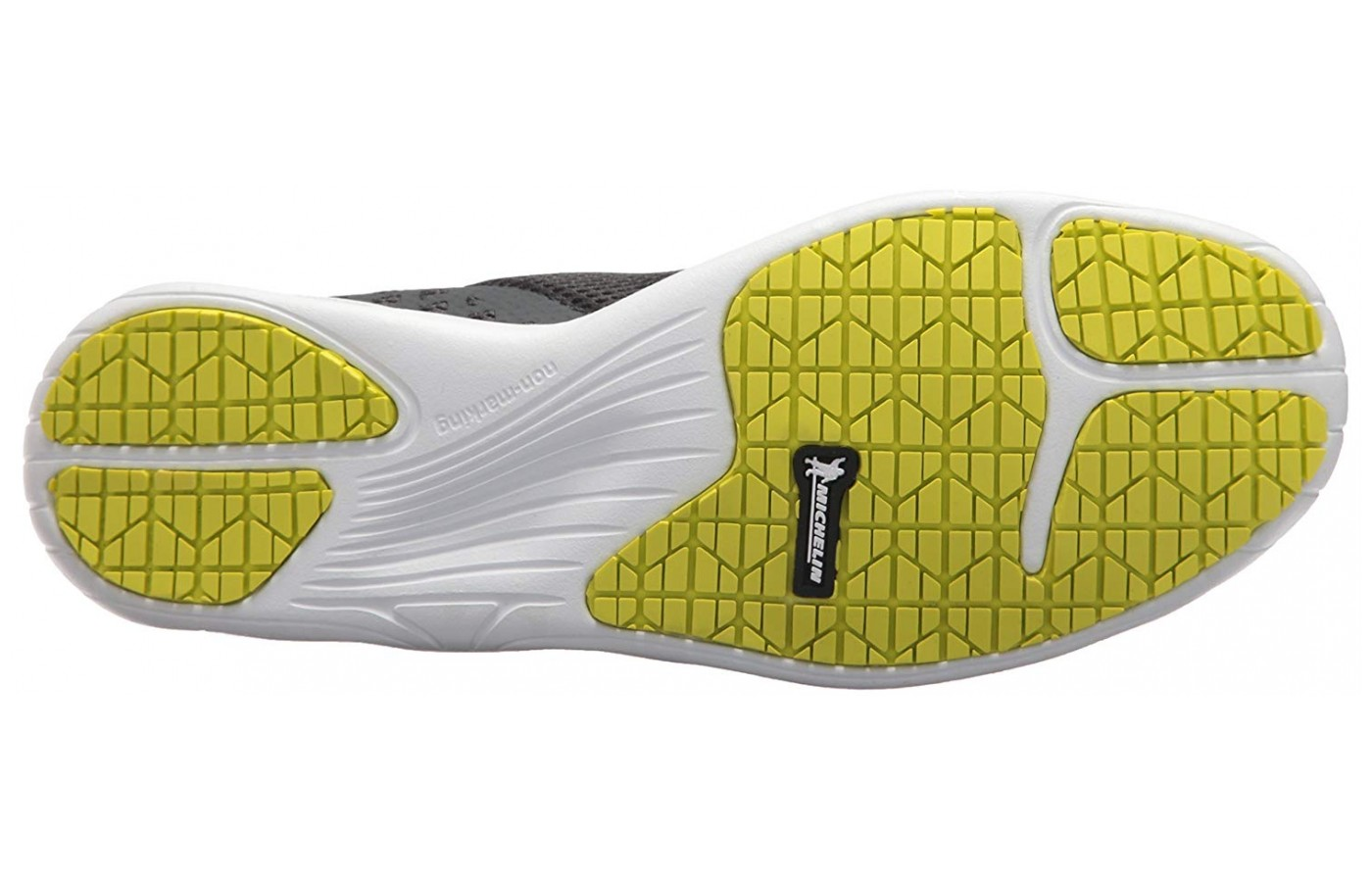 The non-marking outsole ensures sure-footedness on slippery terrain.