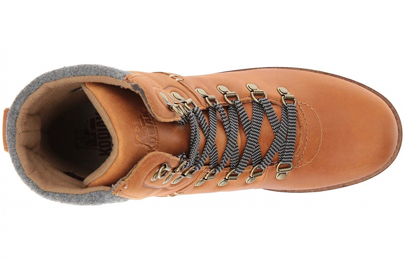 This boot offers a full lacing system which keeps the boot closer to the foot for a more natural step.