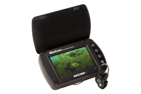 An in-depth review of the MarCom Recon 5 underwater fish camera.