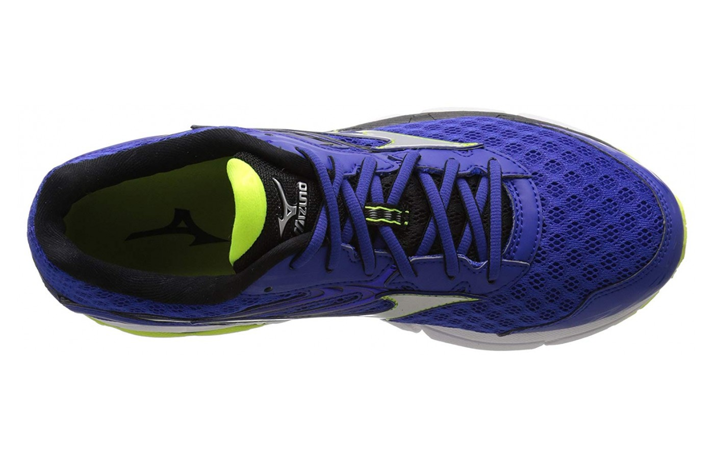 The tongue of the Mizuno Wave Rider 12 is of medium thickness.