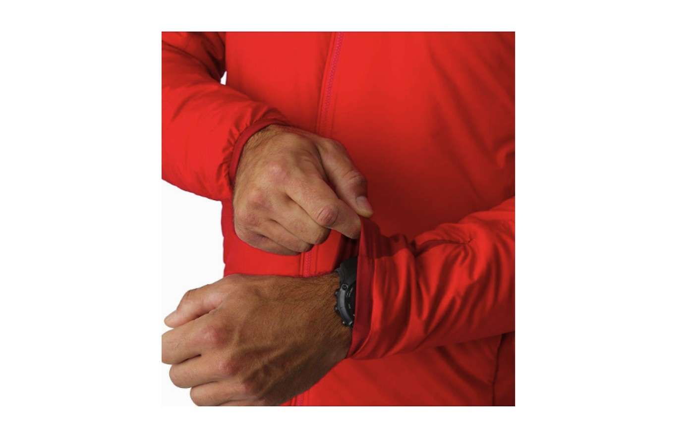 Elastic sleeve cuffs for additional protection against wind and snow.
