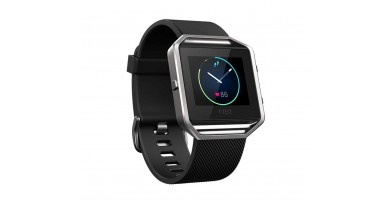 An in-depth review of the Fitbit Blaze fitness watch.
