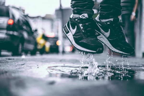 An in-depth review of the best waterproof running shoes available in 2018.