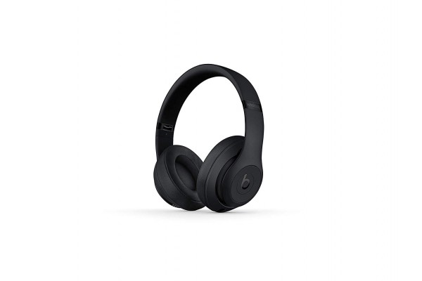 An in-depth review of the Beats Studio 3.