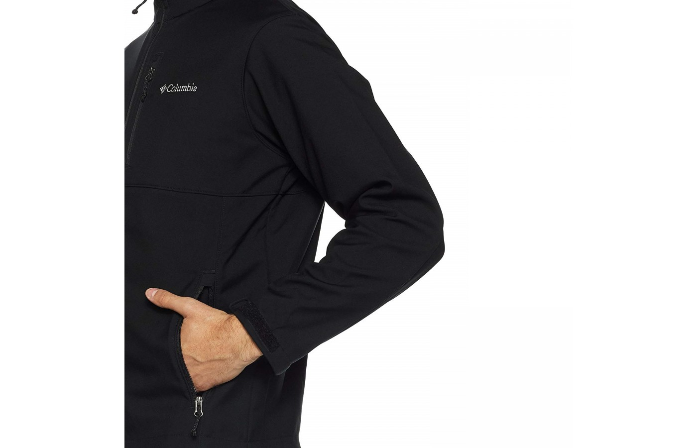 The Columbia Ascender has zip pockets to keep valuables safe and to offer additional warmth to the hands.