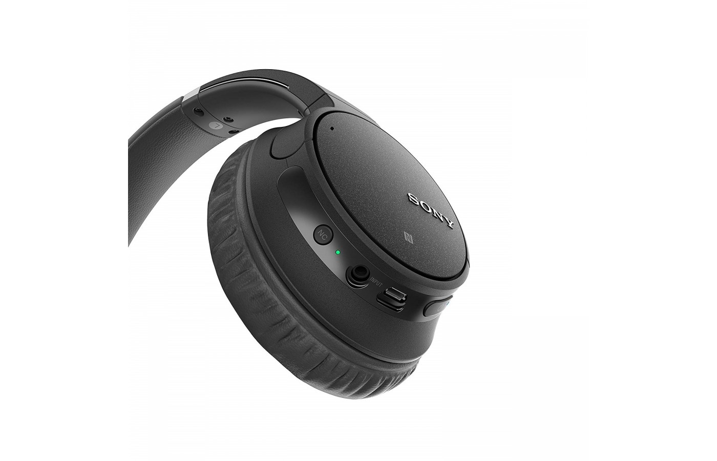 The Sony WH-CH700N offers functions directly on the device itself for ease of use.