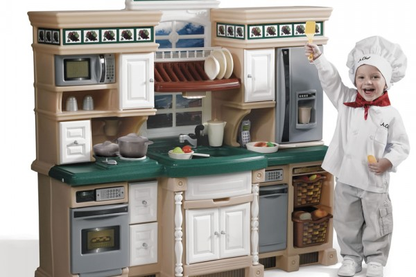 An in-depth review of the best play kitchens in 2019