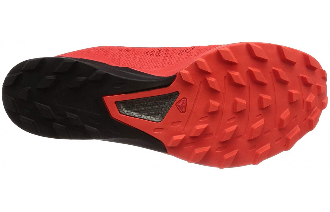 The outsole is made of Premium Wet Traction Contragrip.