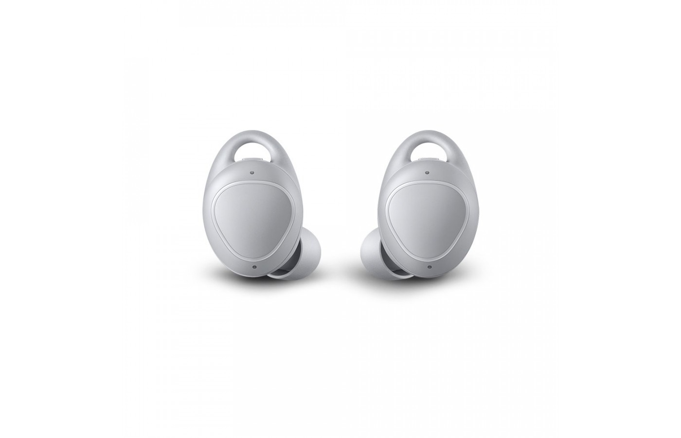 The Iconix fit both snuggly and comfortably in the ear.