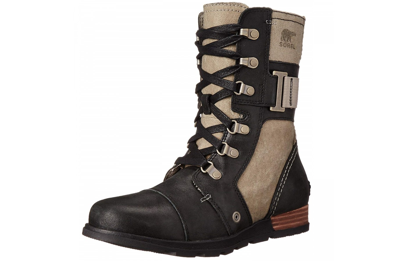 The Sorel Major Carly offer all leather uppers for protection from moisture.
