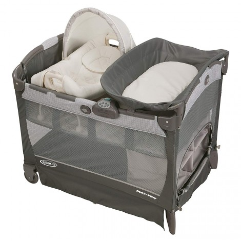 Graco with Cuddle Cove