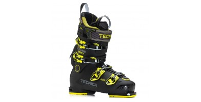 An in-depth review of the Tecnica Cochise 120 ski boot.