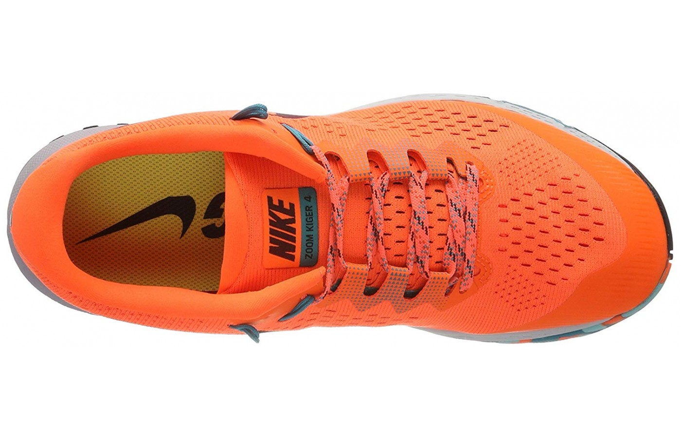 The upper design of the Nike Air Zoom Terra Kiger 4 is very simple compared to other Nike shoes on the market.