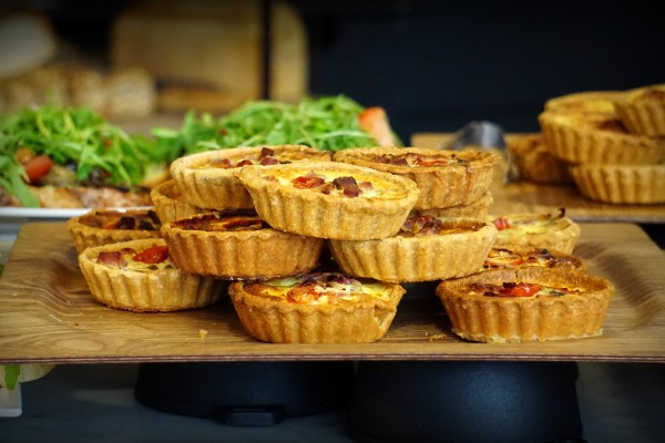 An in-depth review of the best quiche pans available in 2019.