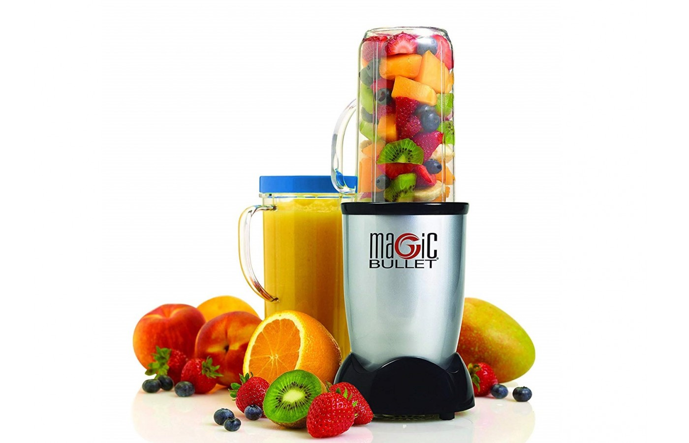 The Magic Bullet offers a cyclonic cutting zone in order to process food more effectively and in less time.
