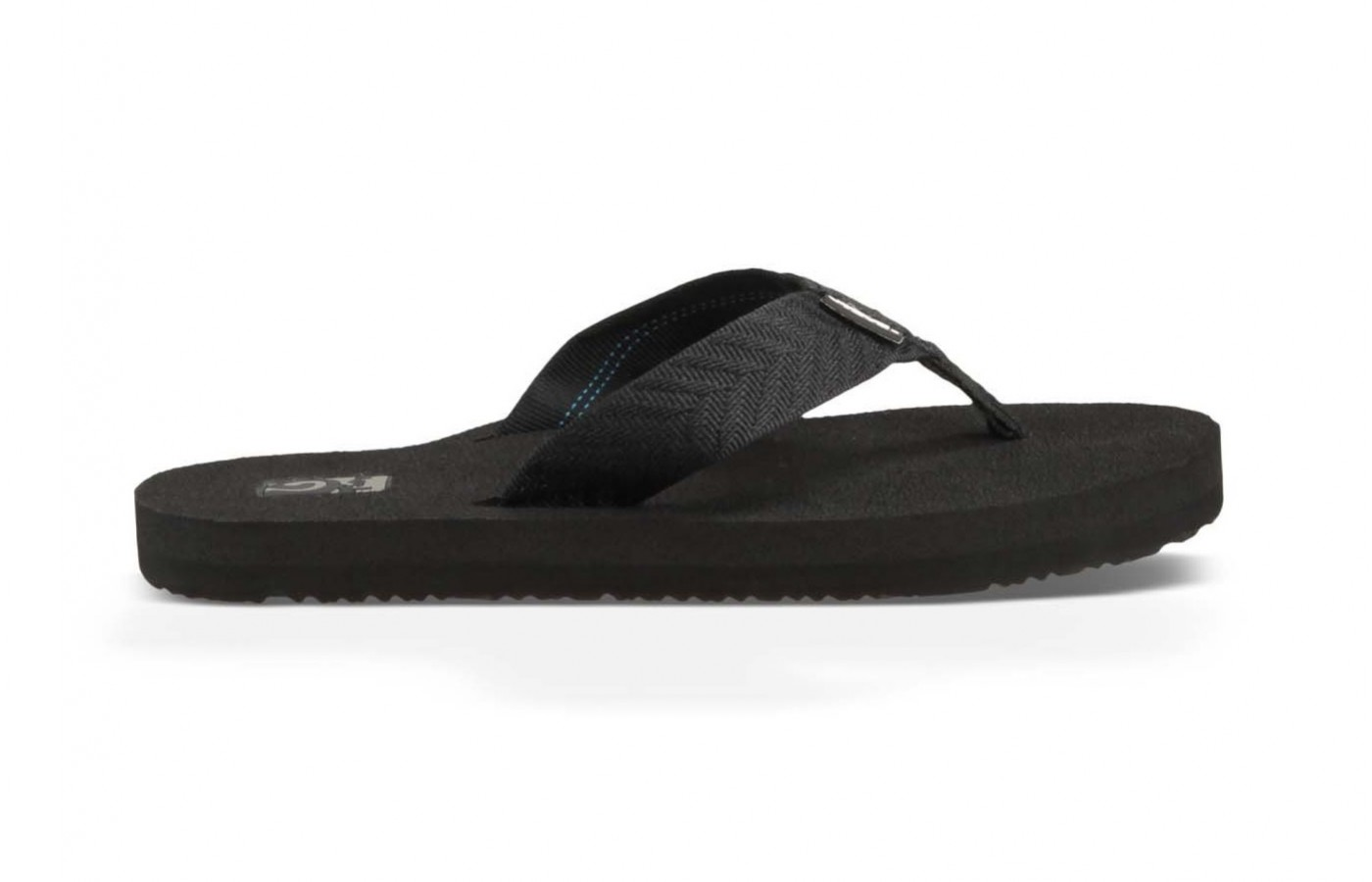 The Teva Mush offers quick dry features for better comfort in and out of water.