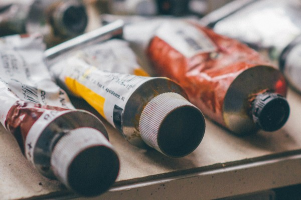 An in-depth review of the best oil paints available in 2019.