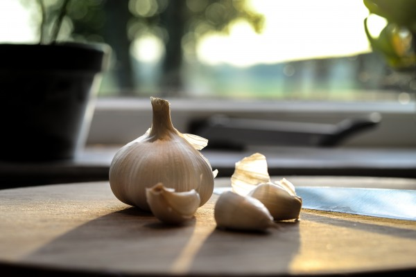 An in-depth review of the best garlic supplements available in 2019.