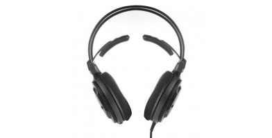 An in-depth review of the Audio-Technica ATH-AD700X.