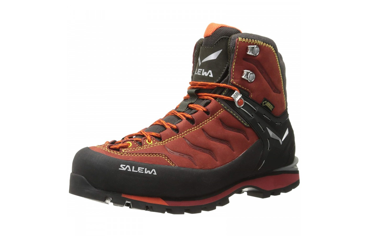 The Salewa Rapace GTX offers a highly wear-resistant fabric in order to keep feet cool and dry.