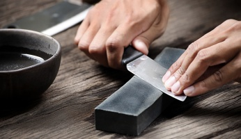 How to Sharpen a Pocket Knife Quickly and Easily