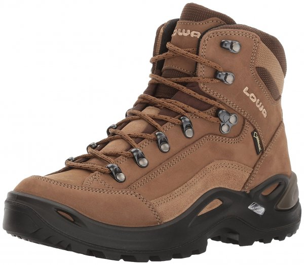 An in depth review of the Lowa Renegade GTX hiking boot