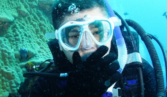 An in-depth guide to snorkeling vs scuba diving