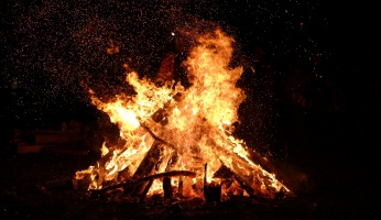 A guide to some of the best campfire games to play while camping.