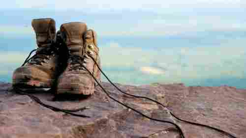 clean hiking boots