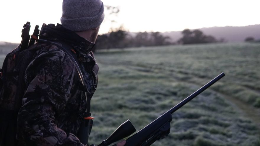 An in-depth guide to the essential deerhunter clothing you need for your next hunt.