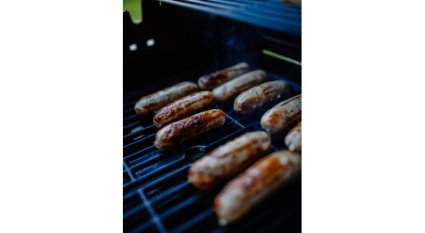 An in-depth review of how to make venison sausage.