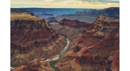 An in-depth review of the Grand Canyon trails.